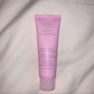 Mary Kay TimeWise 3D Day Cream - Normal/Dry Skin